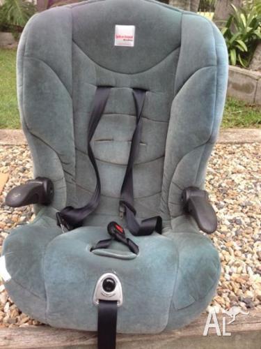 Baby Car Seat Safe-n-Sound Maxi-Rider