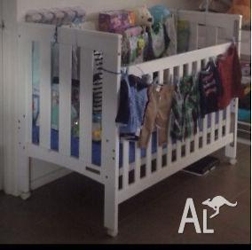 Baby to toddler bed