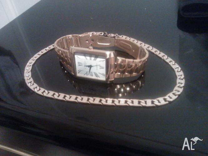 Bargain : Watch and gold covered neck chain