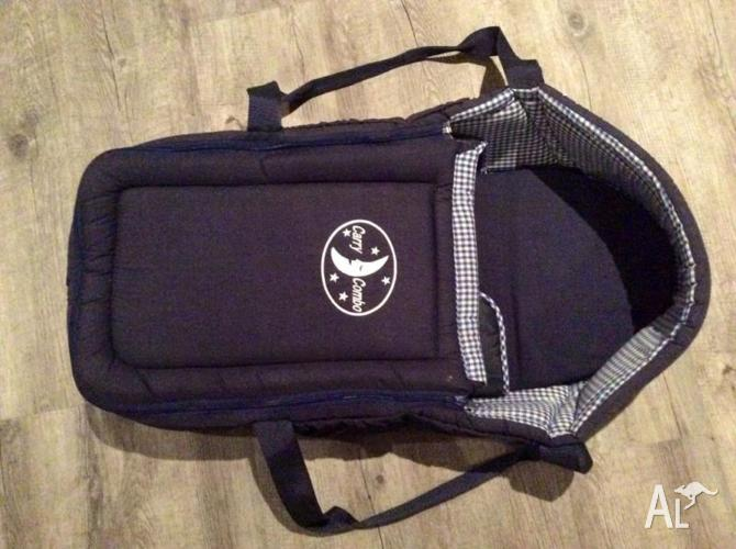 Bassinet material baby carrier