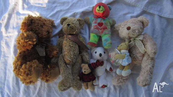Bears with circus mouse soft toys
