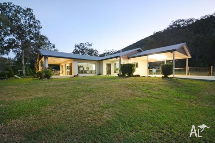 Beautiful Home in Serene Bushland