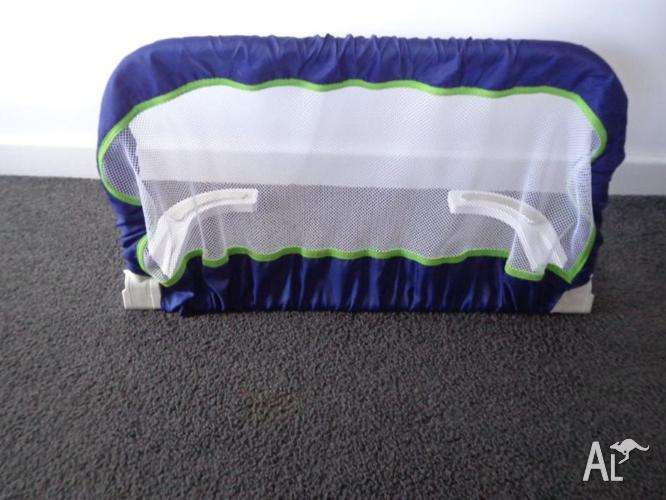 Bed Safety Rail - EXCELLENT CONDITION