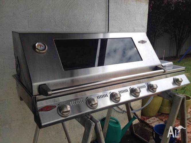 Beefeater SL4000S Signature Built In 5 Burner Barbeque