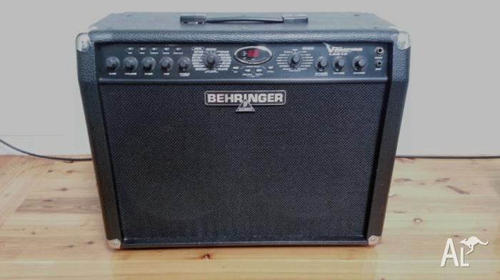 Behringer V-AMPIRE LX210 guitar amplifier, very good