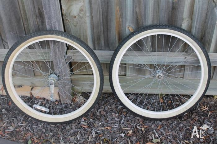 Bicycle / Bike Wheel Set 26