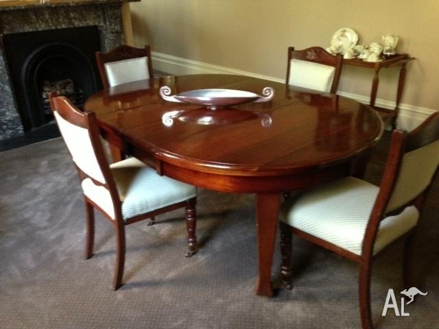 Blackwood Antique Extendable Oval Table