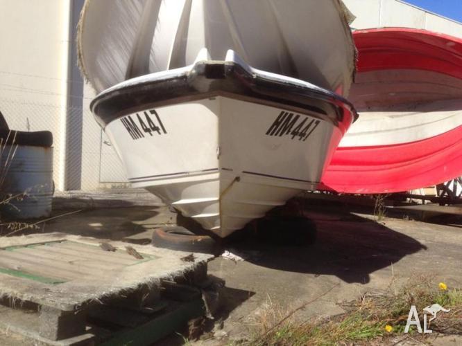 Boat hull Stejcraft Monaco 21' hull great project