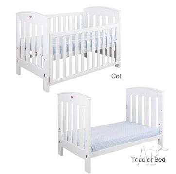 Boori Country Collection Classic Cot Bed 2 In 1 White
