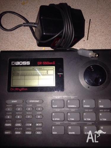 Boss drum machine DR550 mk2