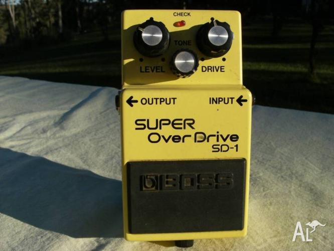 Boss Super OverDrive SD-1 with box - Black label. Made