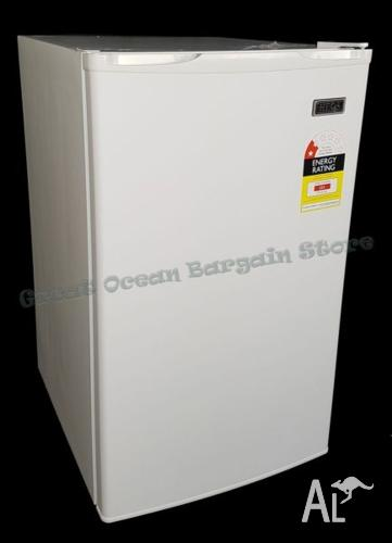 Brand New Electric 126L Bar Fridge Beer Cooler with