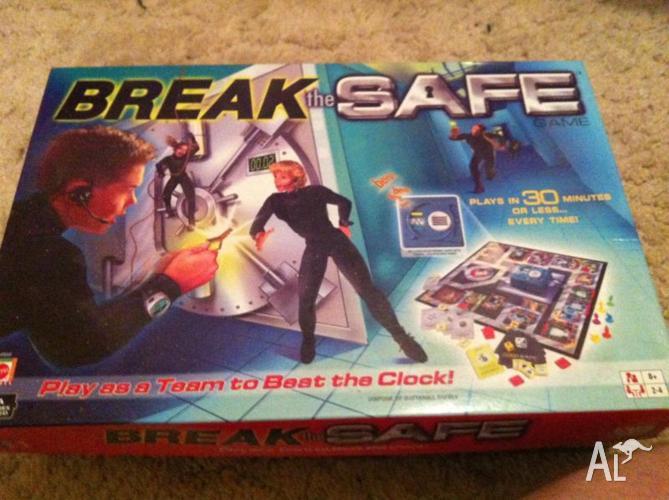 Break the Safe board game