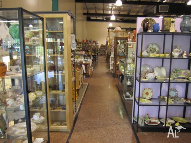 Brisbane Antique Centre & Cafe LOGANHOLME