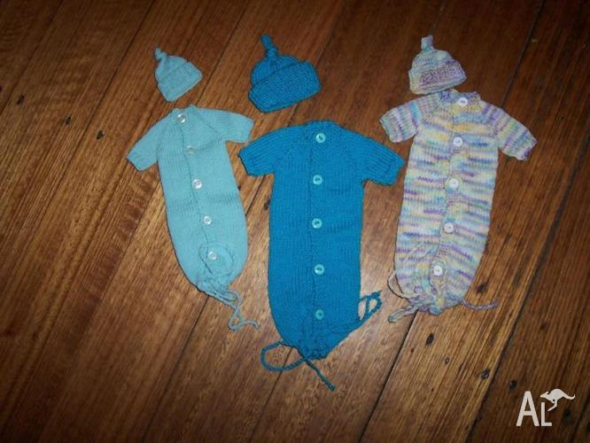 Bunting & Matching Beanie (Premature Baby Sizes)
