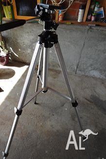Camera Tripod Silk