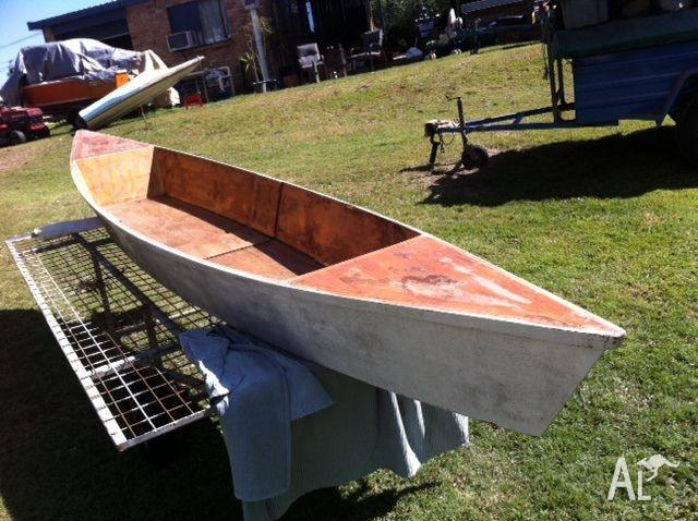 CANOE WOODEN WITH FIBREGLASS