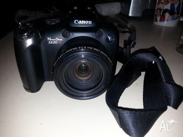 Canon Powershot SX20 iS Digital Camera/Video Camera