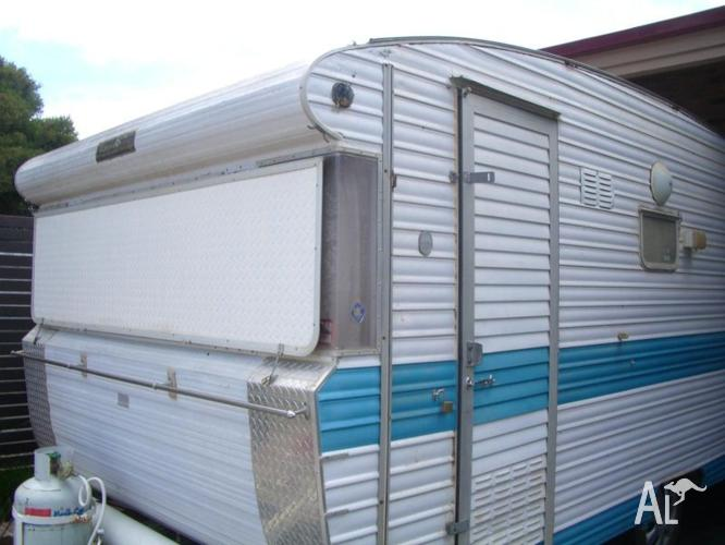 Caravan 16 ft Travel Home