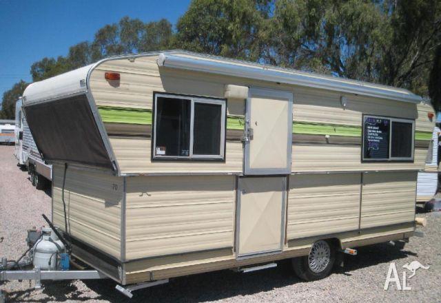 Creative Bailey Unicorn Cordoba 2016 Caravan Single Beds Twin Axle