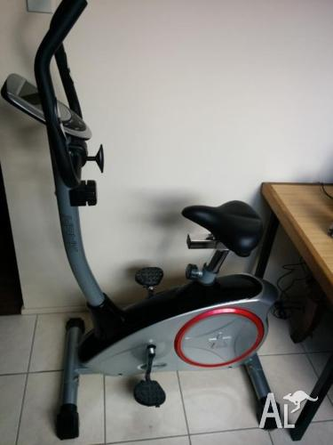 Celsius Hawk Exercise Bike