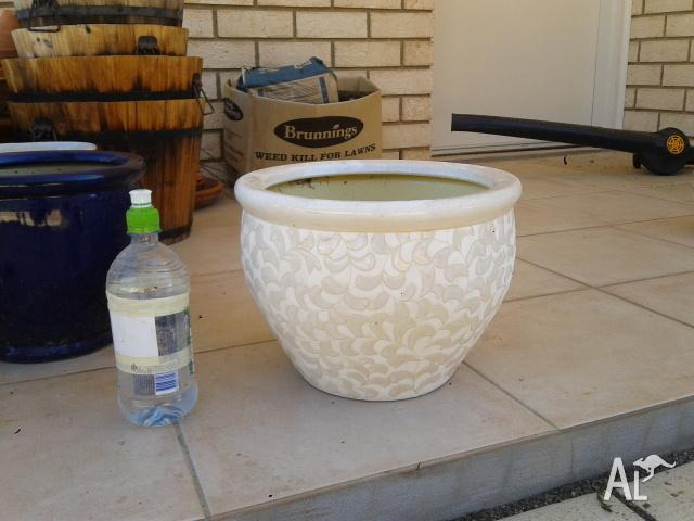 Cheap Brand New Garden Pots Glazed White Large for Sale in ASCOT