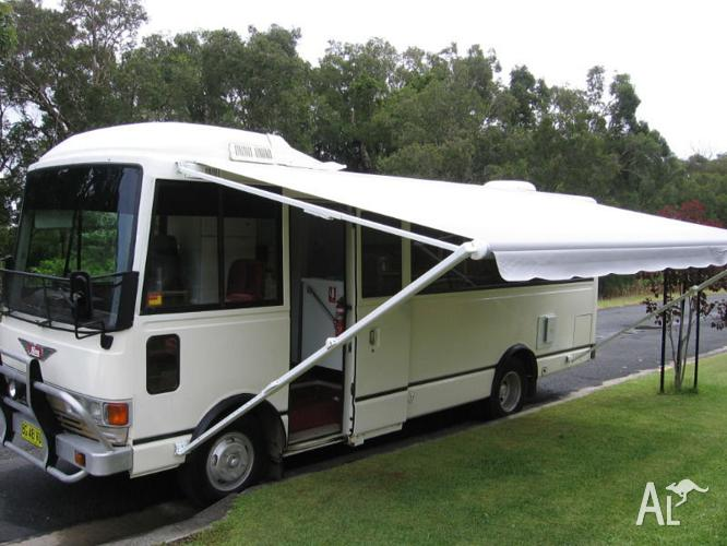 cheap hino rainbow rb145 motorhome for sale in green point new south wales classified. Black Bedroom Furniture Sets. Home Design Ideas