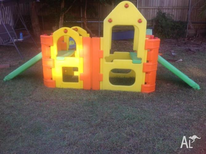 Childrens outdoor playset