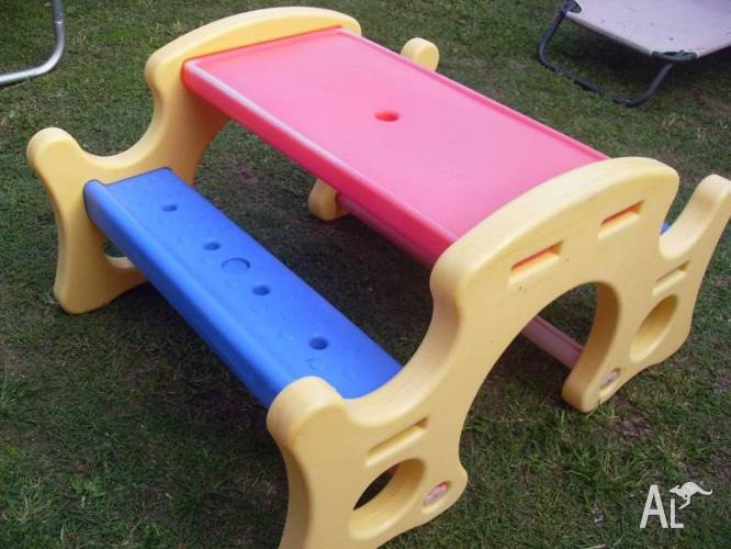 childs picnic outdoor table rocker