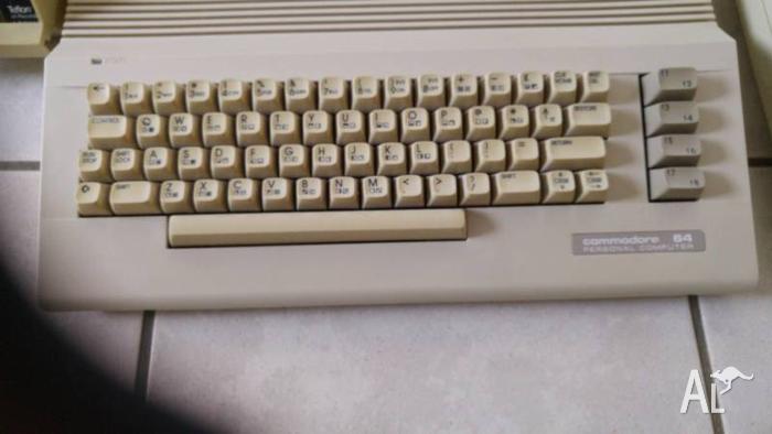 Commodore 64 Personal Computer