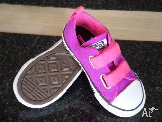 Converse - Toddler Size 8 - Brand New Pink/ Purple