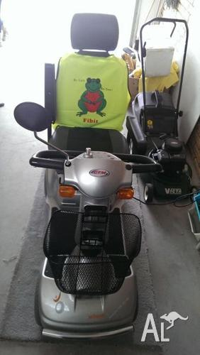 CTM MOBILITY SCOOTER - FOR SALE - ONLY USED TWICE $2,200 Neg