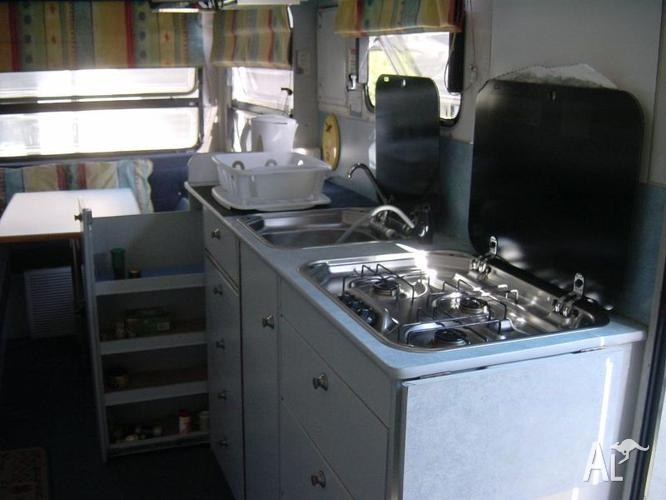 CUSTOM BUILT MOTOR HOME