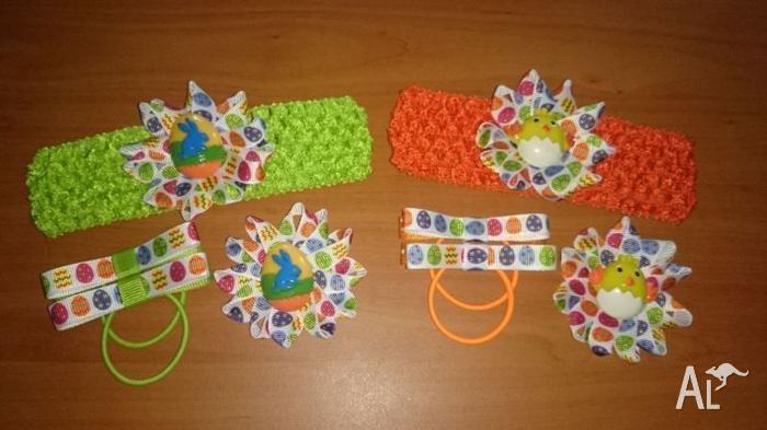 Cute little girl's ribbon hair clip set