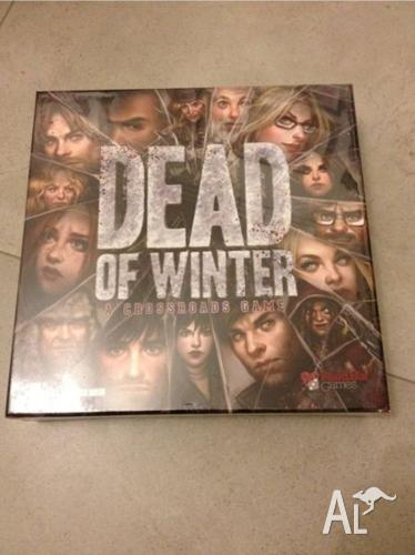 Dead of Winter - A Crossroads Game