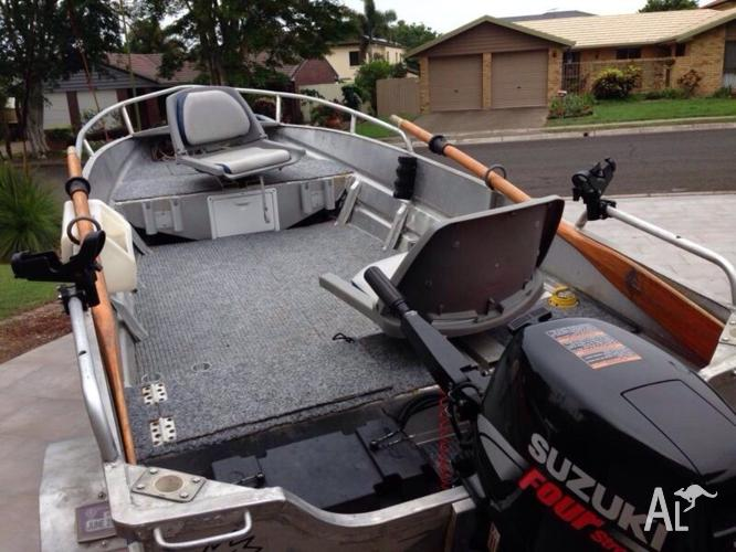 Decked out fishing tinny forsale