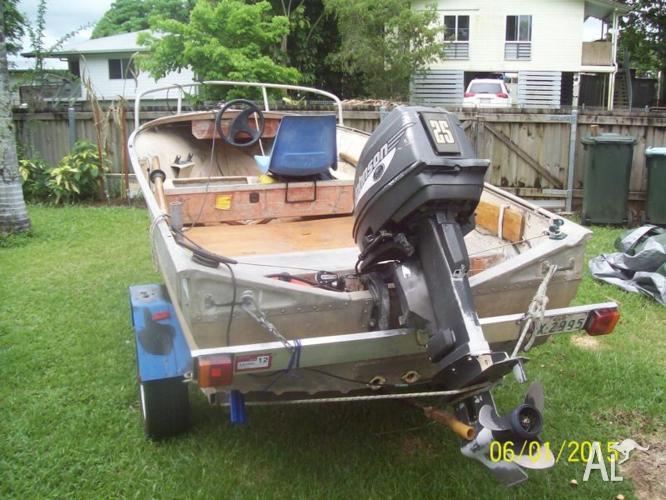 DeHavilland dinghy, 25hp Johnson o/b & trailer for sale