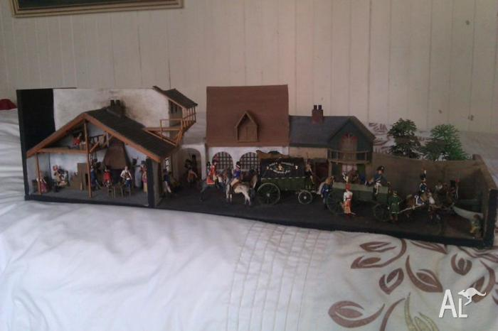 Diorama vintage lovely condition.