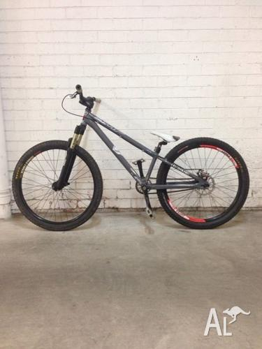 DMR Transition Dirt Hardtail Pushbike