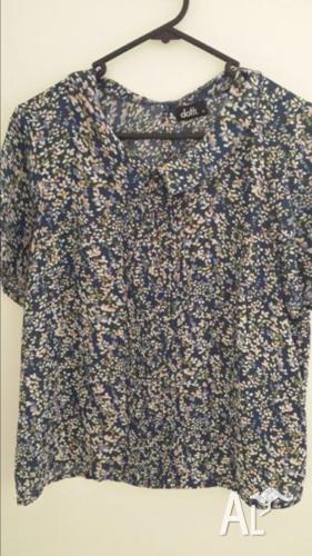 Dotti floral top - Size 14 - Never worn