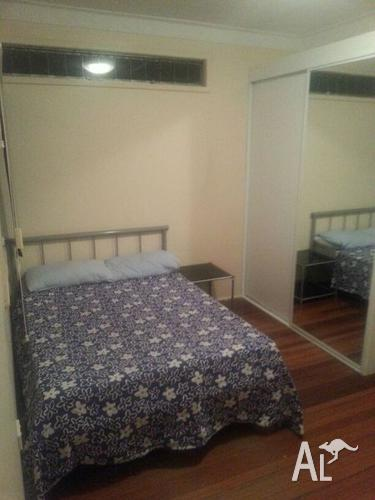Double bedroom available for a couple in Kedron