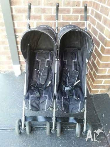 DOUBLE STROLLER BABY CLUB