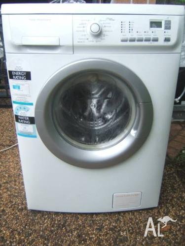 Electrolux 8kg Time Manager front load