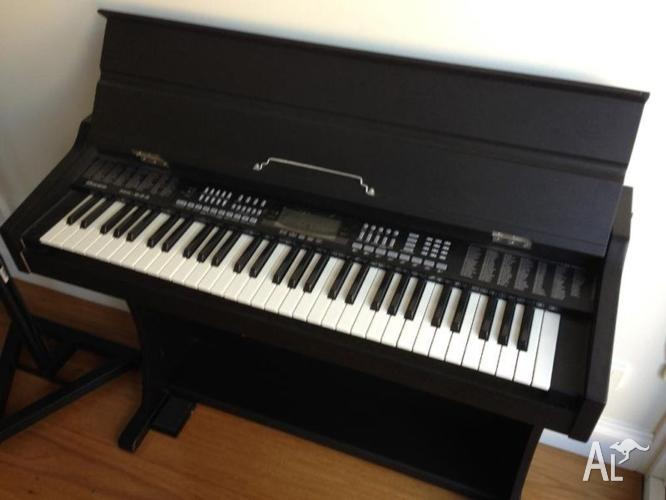 electronic piano keyboard base professional mk 933 for sale in leichhardt new south wales. Black Bedroom Furniture Sets. Home Design Ideas