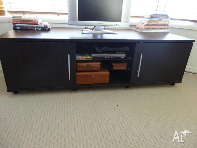 Entertainment Unit - tv table
