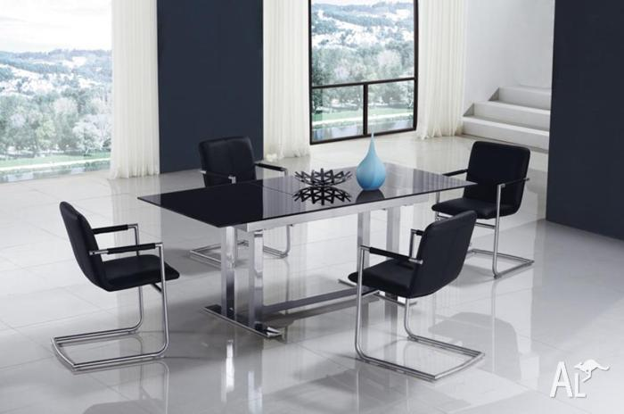 Extendable Glass Dining Table Brand New
