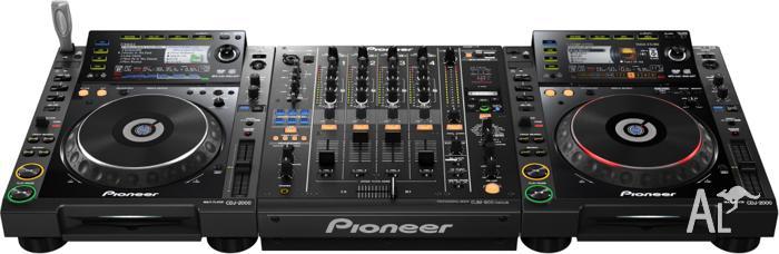F/S 2x Pioneer 900 Nexus and 1 x DJM 900 Mixer