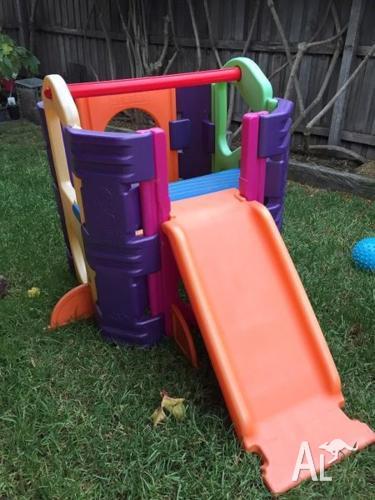 Feber Outdoor / Indoor Play Equipment