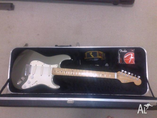Fender Stratocaster Plus 1989 Model very rare colour