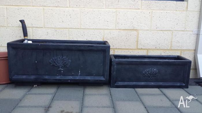 Fibre clay rectangular pots and 10L Osmocote Premium